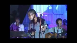 Download Video Mc Yola Zanakanosy Empaka @ toetry live Manava MP3 3GP MP4