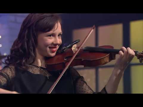 Family Number Medley // NATALIE MACMASTER, DONNELL LEAHY & FAMILY