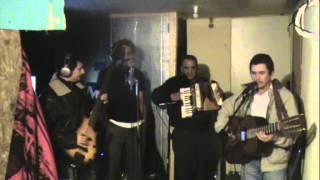 Morena morenita duo con el trio Expres Norteno