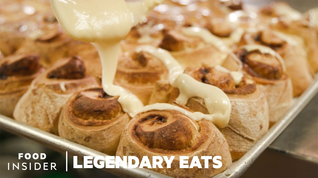 74-Year-Old Restaurant Makes The Best Cinnamon Rolls In Chicago | Legendary Eats