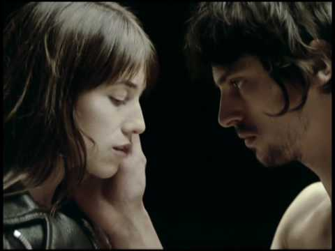 Клип Charlotte Gainsbourg - The Operation