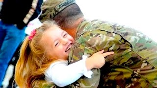 Veterans Day Navy Welcome Home US Soldier Girlfriend Military Man Homecoming Heartwarming