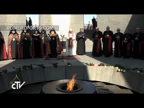 An emotional Pope prays at the Memorial of Armenian Genocide