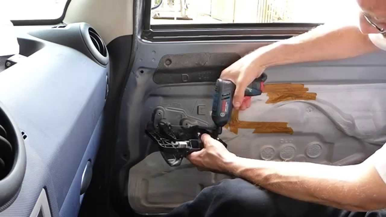 Popular Peugeot 1007 Schiebetür - Linearmotor Ausbau - YouTube SW96