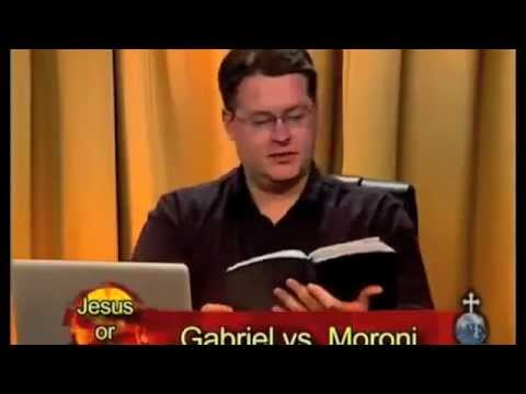 WATCH THIS!! Muslim gets owned asking Christians where does it say Jesus is the son of God