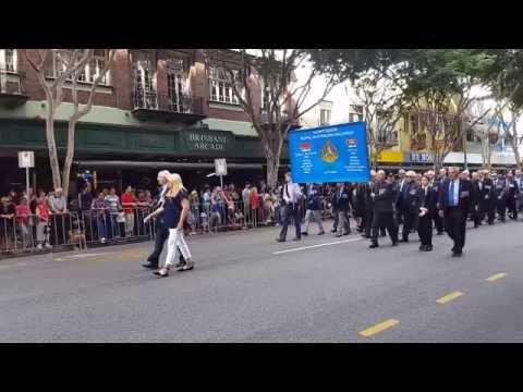 1 Royal Australian Regiment in the 2016 Brisbane Anzac Day Parade