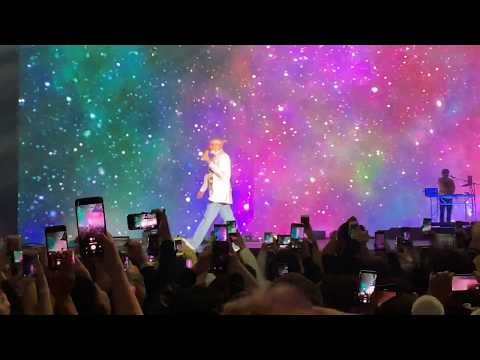 Bad Bunny - La Cancion Live in Santiago 2019