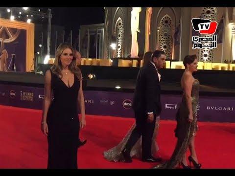 وصول إليزبيث هيرلي ضيفة شرف حفل افتتاح مهرجان القاهرة السينمائي  - نشر قبل 11 ساعة
