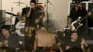 Green Day Hitchin' a Ride (Live Without Warning 2000)
