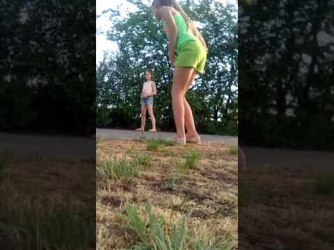 Видео она захотела пописать прямо при нем придумали