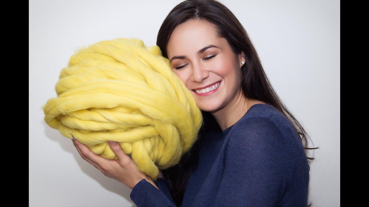 0389d316e905b8 How to prepare super chunky Merino wool for knitting - YouTube