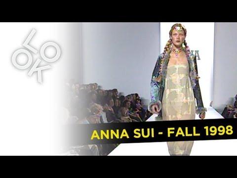 Fashion Flashback: Anna Sui Fall 1998