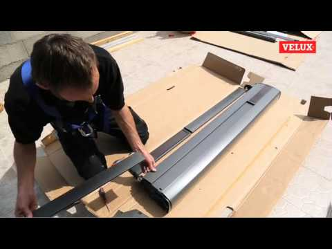 velux installation d 39 un volet solaire youtube. Black Bedroom Furniture Sets. Home Design Ideas