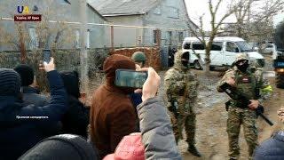 Трьох кримських татар російські силовики затримали в окупованому Криму