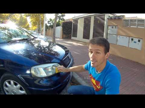 How to Clean Car Headlights in 1 minute for Free!