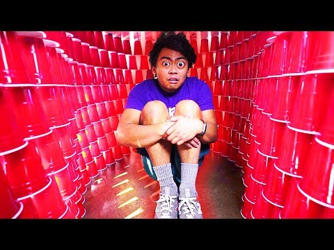 BUILDING A GIANT RED CUP IGLOO! (I got injured)