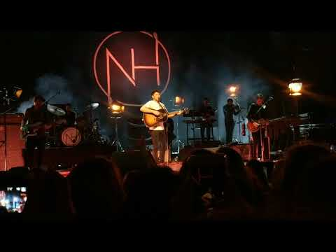 On My Own (+ chat) -- Niall Horan, Flicker Sessions, Dublin (8/29/2017)
