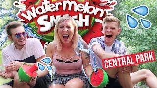 Rozbijamy arbuza na głowie!  Nowa GRA Watermelon Smash | Agnieszka Grzelak Vlog