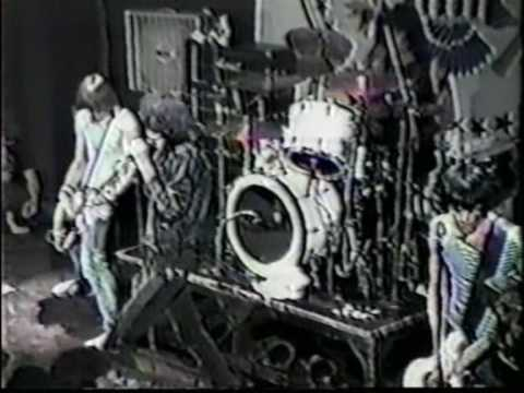 The Ramones - Let's Dance (live Ann Arbor '81)