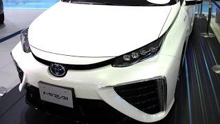 世界初のセダン型燃料電池自動車(型式:ZBA-JPD10-CEDSS) テレビで見...