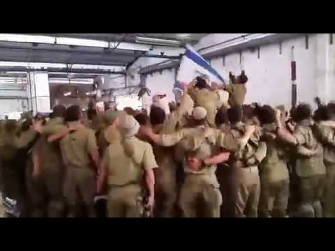 Israeli Soldiers Sing And Dance During 3 Hr Break From The Battle!