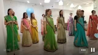 Indian dancing lesson. Уроки индийских танцев
