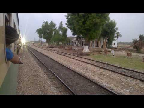 Pakistan Railways 5up Green Line Overtaking 7up Tezgam Express At ...