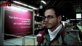 Deutsche Ahmadi Muslime plakatieren für Frieden und gegen Gewalt - Islam Ahmadiyya