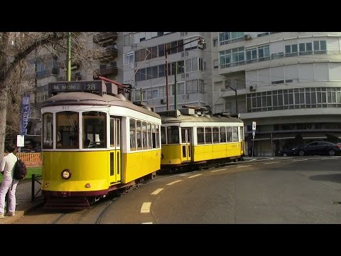Elétricos de Lisboa Trams in Lisbon Straßenbahn Lissabon