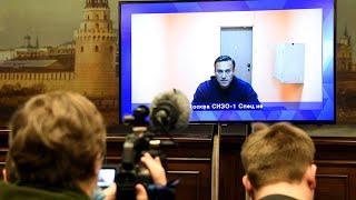 Alexeï Navalny maintenu en détention par la justice russe