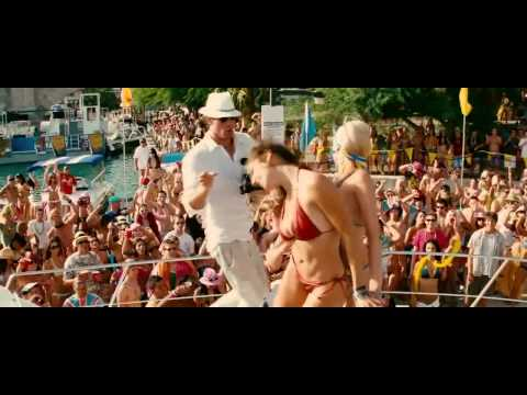 Kelly Brook Hot Bikini Dance Piranha 3d