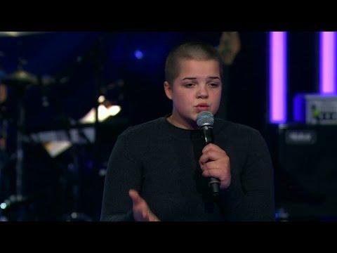 Hur går det för Julia Berg i solosången av Idol 2016? - Idol Sverige (TV4)