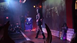 Dee Dee ZETA - Fashion Show - Halfway to Halloween - Castle