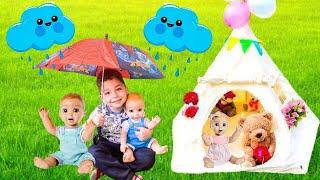 Rain Rain go Away Nursery Rhyme with Lavievert Indian Teepee