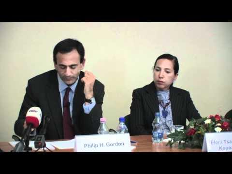 Assistant Secretary Philip H. Gordon Visits Hungary (2nd part)