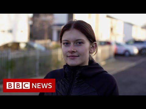 Student mental health: Depressed and living in a bubble of one - BBC News