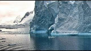 Surprising Signs of Ancient Life Discovered In Antarctic Lake