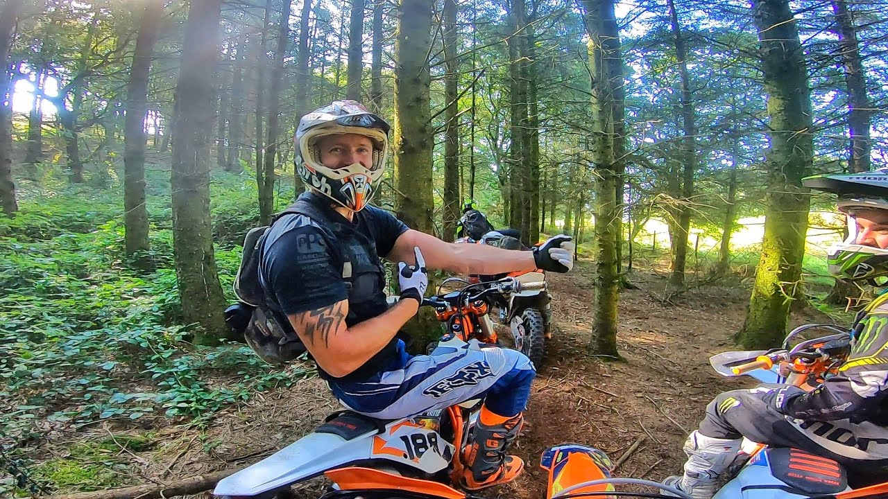 The Happy Side of Enduro