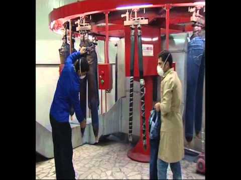 CELIKHAN CARUSEL SPRAY CABIN WITH 12 ROBOTS.flv