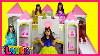FUI CLONADA 5 PRINCESAS NO CASTELO! FIVE LITTLE BABIES JUMPING ON THE BED SONG AND NURSERY RHYME