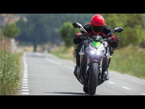 Caida Kawasaki  Z1000 - Estrenando la moto - La Novata de la Yamaha XT660