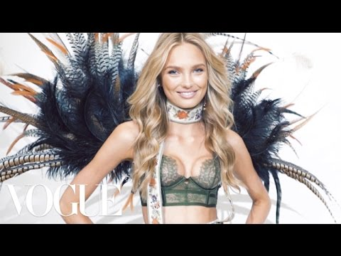 Thumbnail: The Victoria's Secret Angels Have Some Surprising Opinions About Beyonce vs. Rihanna | Vogue
