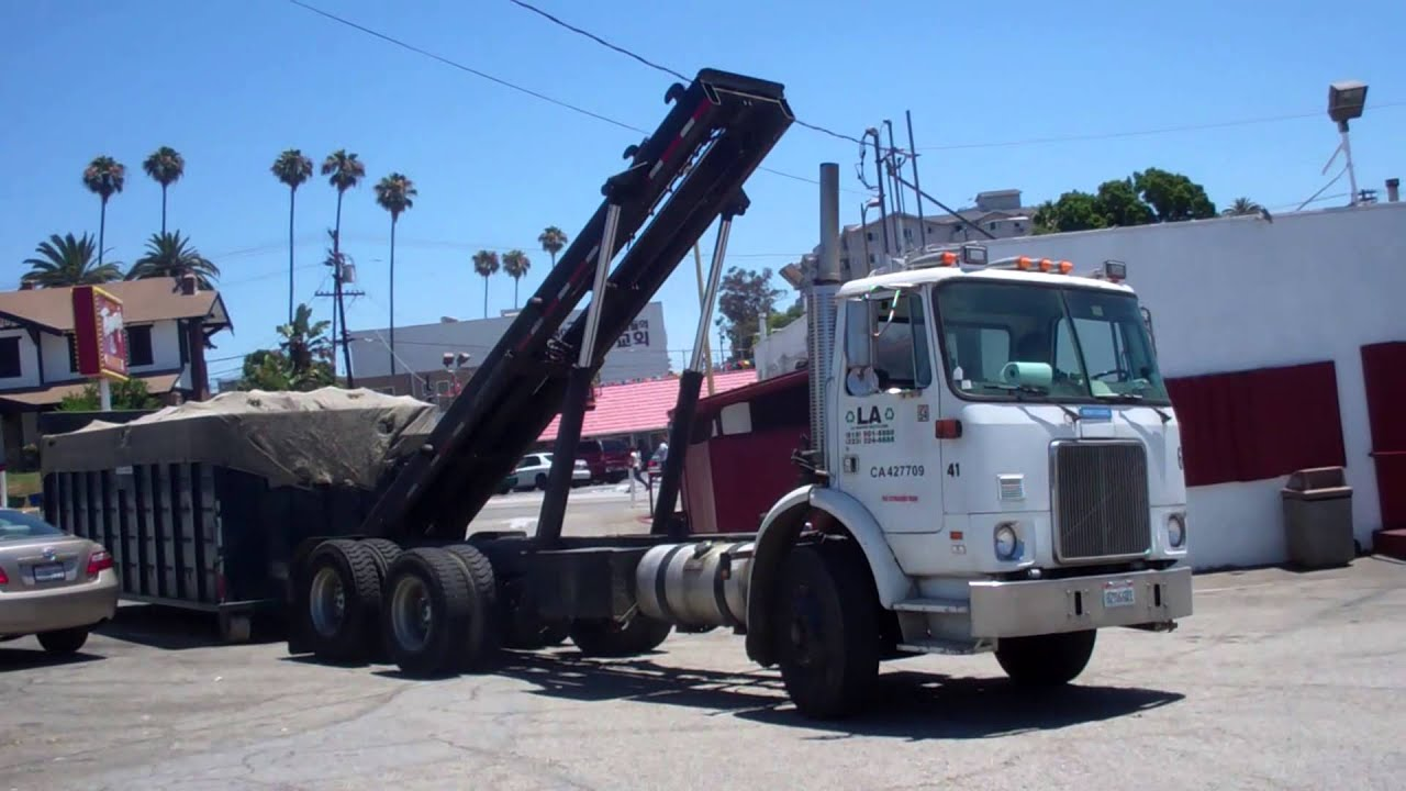 La Resources Whitegmc Xpeditor Wx 42 Amrep Roll Off