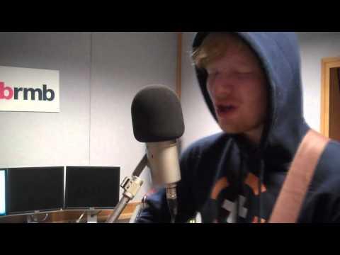 Ed Sheeran - Lego House (Live & Acoustic)