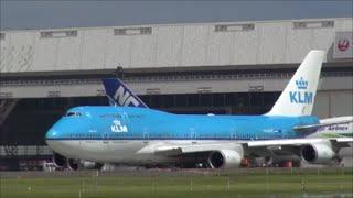 83.7万回再生❢ ラストフライト!なんとジャンボ機が翼を振ってバイバイの挨拶!KLMオランダ航空 B747 PH-BFE Rwy34L 成田空港 nrt hhh thumbnail
