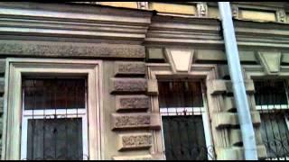 видео с мобильного телефона 11.05.2012г.mp4(Обрушение фасада в центре Питера, или