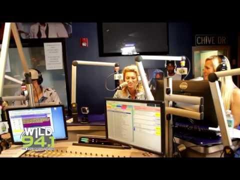 Tori Kelly addresses Simon Cowell's criticism!