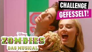 ZOMBIES - DAS MUSICAL // Die Zombies-Challenge: Gefesselt | Disney Channel