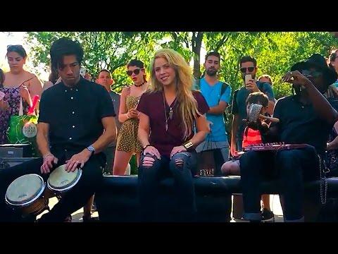 Shakira Canta Chantaje En Parque de NYC y Se Presentará en los Billboards 2017!