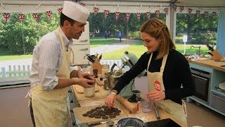 Johnny Vaughan bakes with confidence - The Great Sport Relief Bake Off: Episode 1 Preview - BBC Two